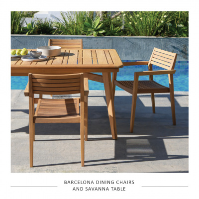 SAV-TABLE-BARCELONA-CHAIRS